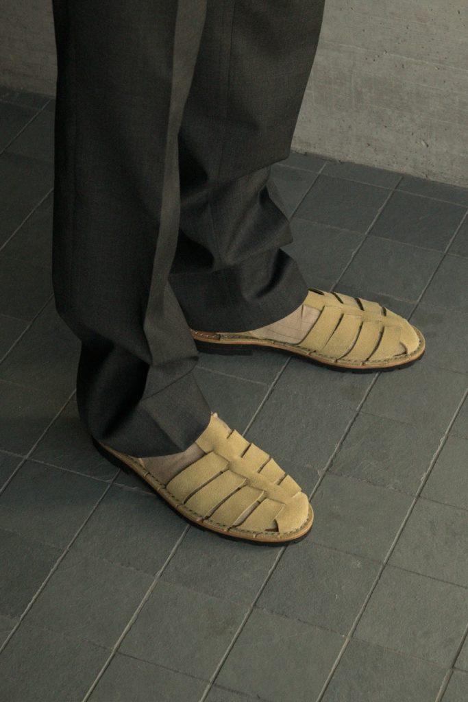 Artisanal sandals 10/09 <i>sand</i>