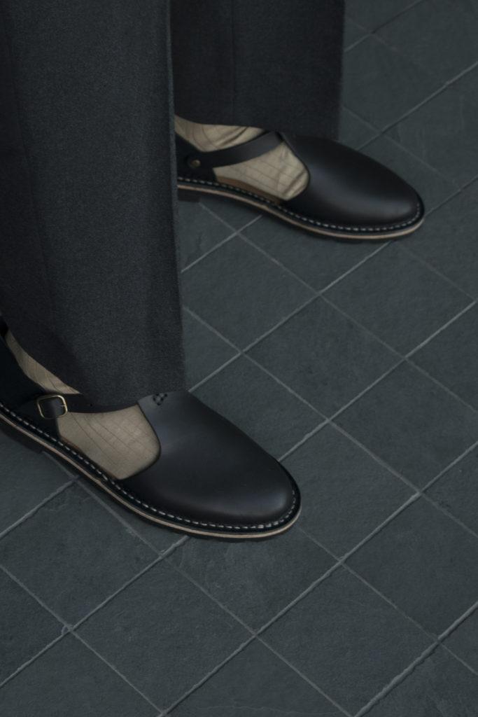 Artisanal sandals 10/12 <i>black</i>