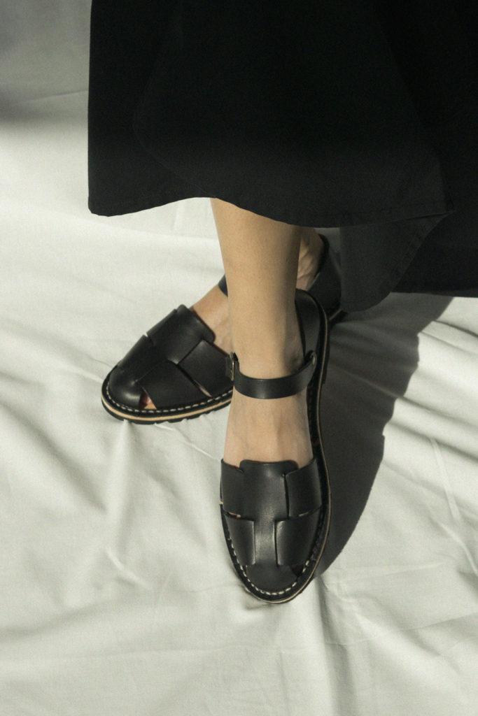 Artisanal sandals 10/11 <i>black</i>